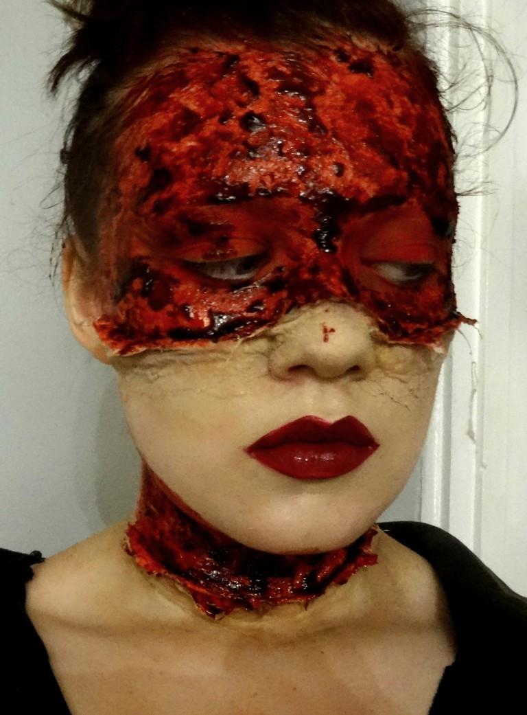 blood-mask-02